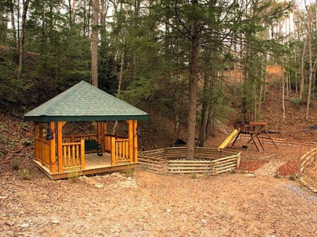 Photo of a Gatlinburg Cabin named Angel's Rest - This is the eighteenth photo in the set.