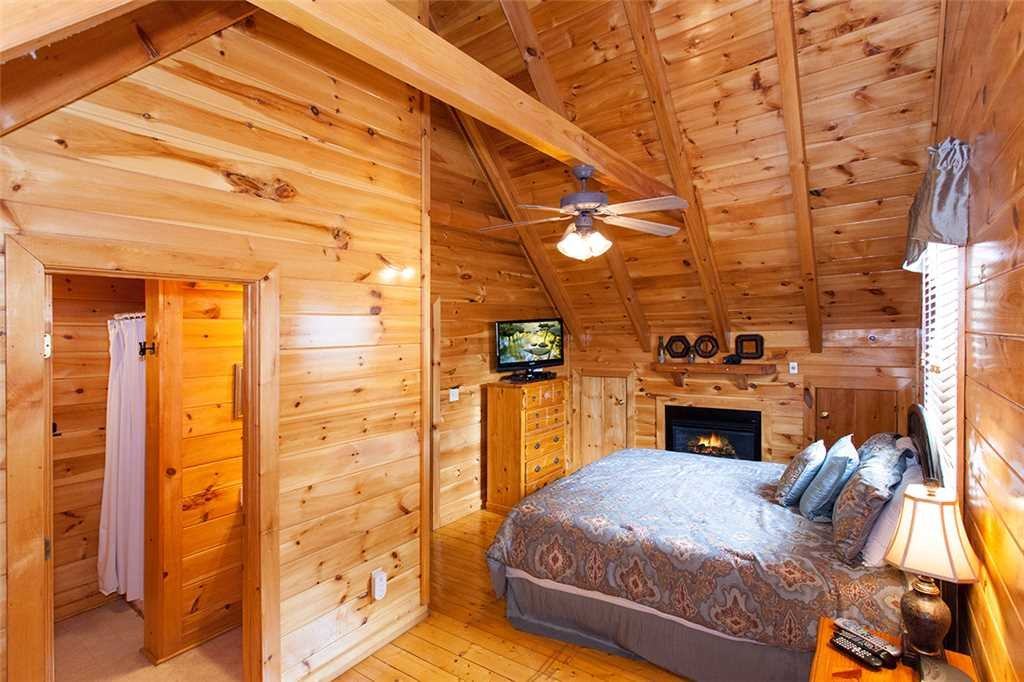 Photo of a Pigeon Forge Cabin named A Timeless Event - This is the fifteenth photo in the set.