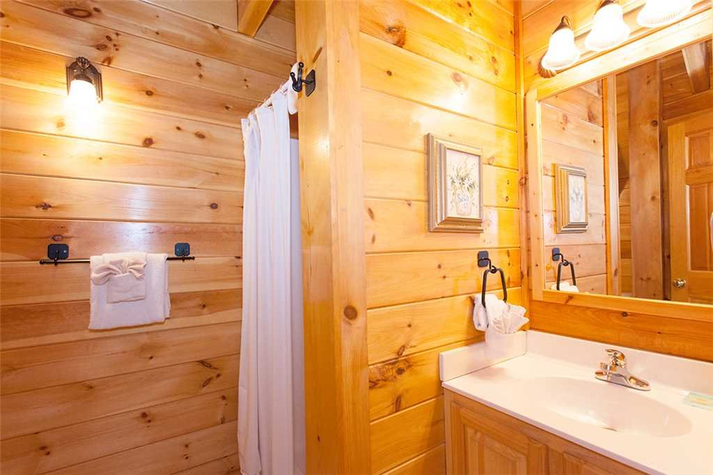 Photo of a Pigeon Forge Cabin named A Timeless Event - This is the eighteenth photo in the set.