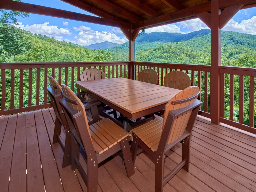 Photo of a Sevierville Cabin named A Majestic View Iii - This is the twenty-eighth photo in the set.