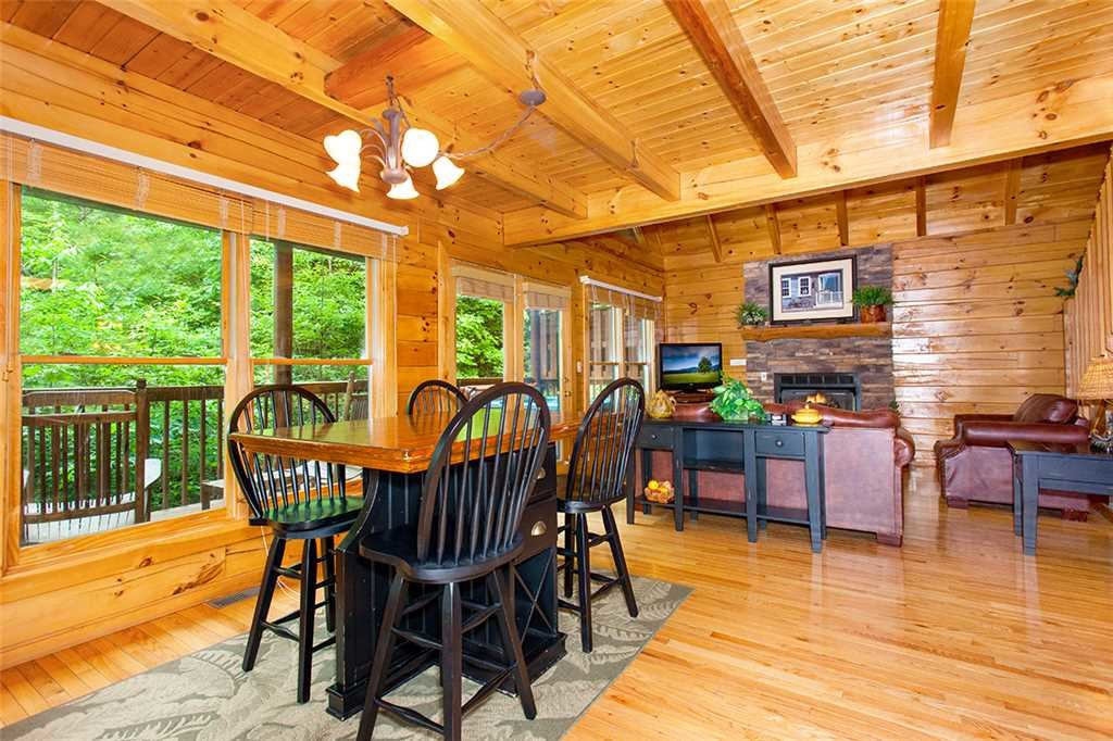 Photo of a Pigeon Forge Cabin named A Timeless Event - This is the sixth photo in the set.
