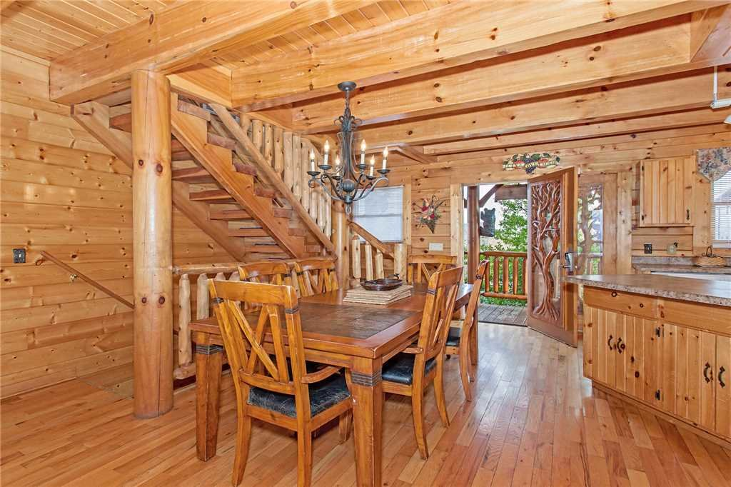 Photo of a Pigeon Forge Cabin named A Diamond In The Sky - This is the sixth photo in the set.