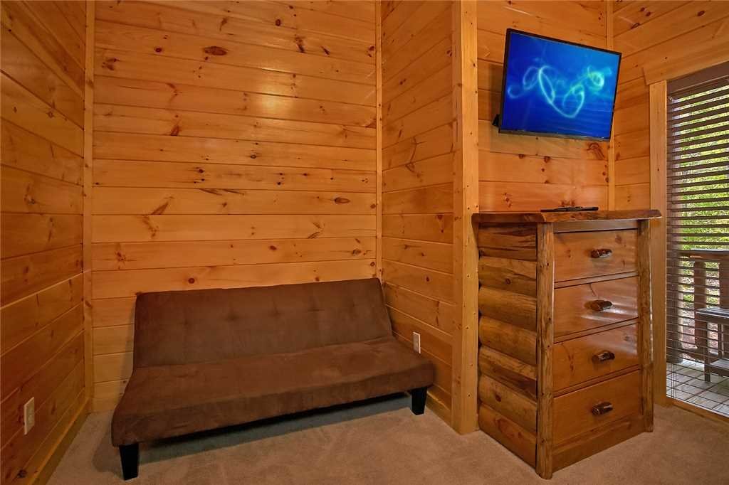 Photo of a Pigeon Forge Cabin named Awesome View Lodge - This is the twenty-second photo in the set.