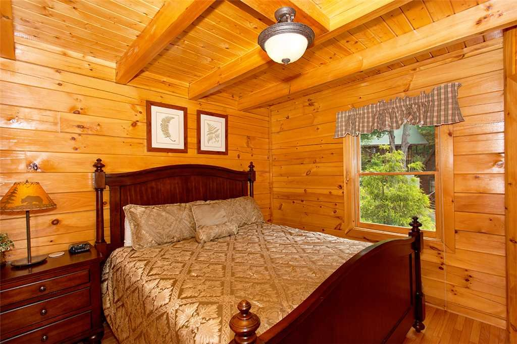 Photo of a Pigeon Forge Cabin named A Timeless Event - This is the thirteenth photo in the set.