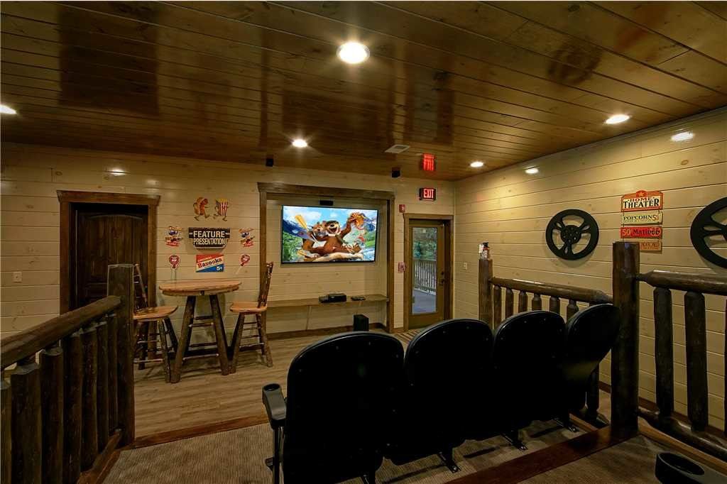 Photo of a Pigeon Forge Cabin named Aqua Dream'in Retreat - This is the ninth photo in the set.