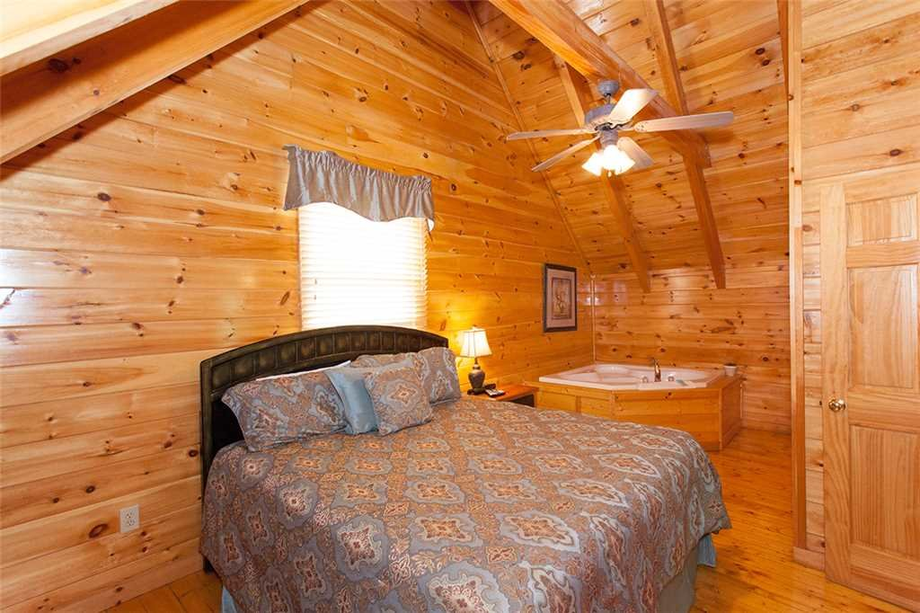 Photo of a Pigeon Forge Cabin named A Timeless Event - This is the seventeenth photo in the set.