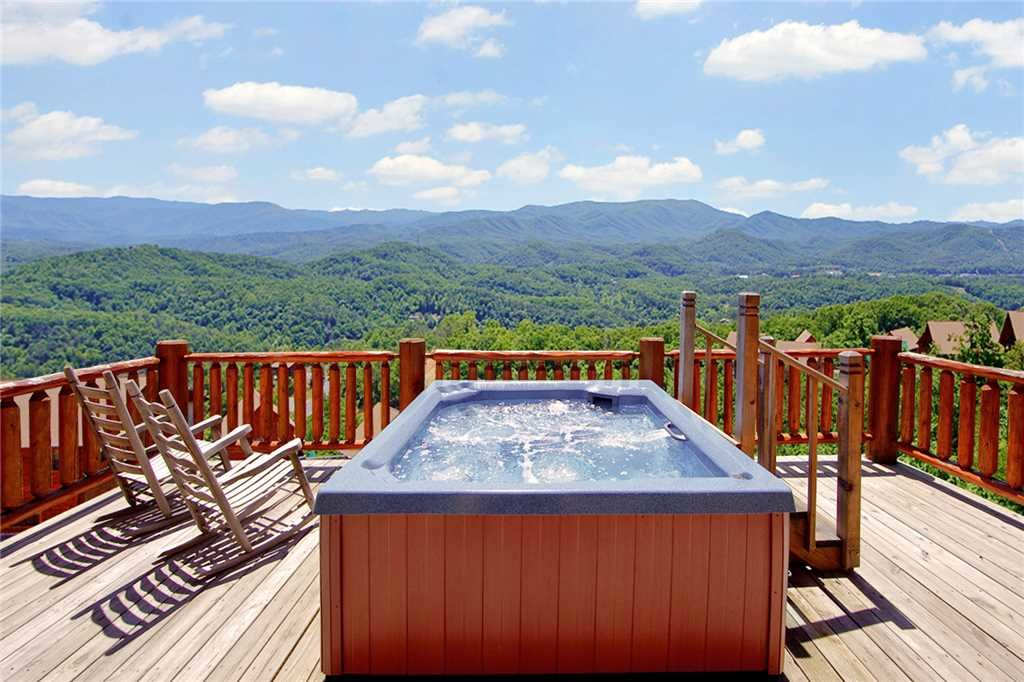 Photo of a Pigeon Forge Cabin named A Diamond In The Sky - This is the forty-first photo in the set.
