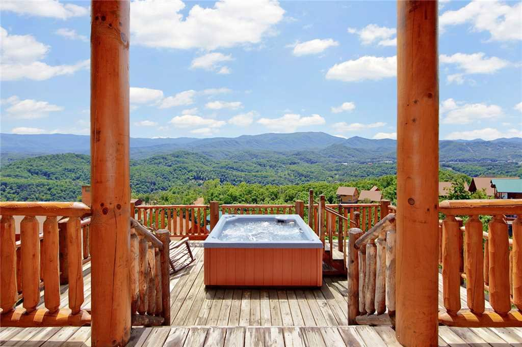 Photo of a Pigeon Forge Cabin named A Diamond In The Sky - This is the forty-second photo in the set.