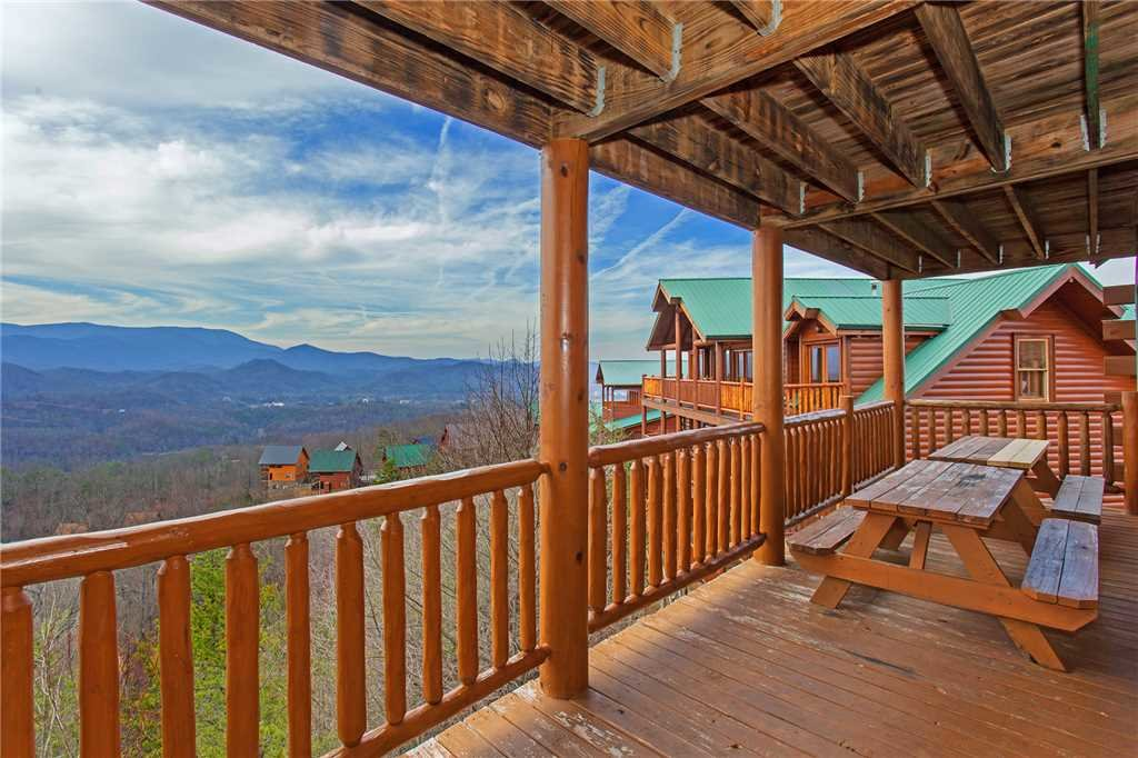 Photo of a Pigeon Forge Cabin named A Diamond In The Sky - This is the forty-seventh photo in the set.