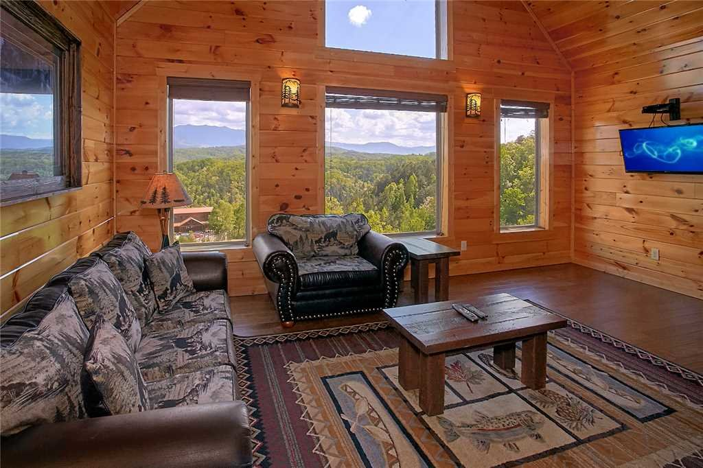 Photo of a Pigeon Forge Cabin named Awesome View Lodge - This is the eleventh photo in the set.