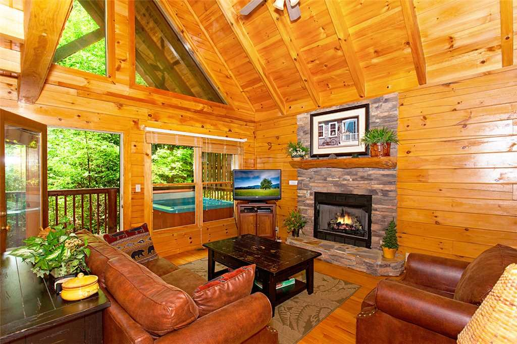 Photo of a Pigeon Forge Cabin named A Timeless Event - This is the second photo in the set.