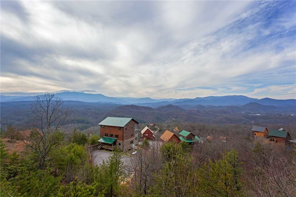 Photo of a Pigeon Forge Cabin named A Diamond In The Sky - This is the fiftieth photo in the set.