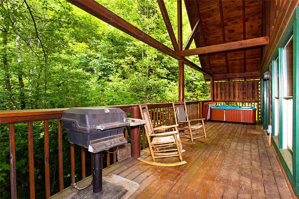 Photo of a Pigeon Forge Cabin named A Timeless Event - This is the twenty-fourth photo in the set.