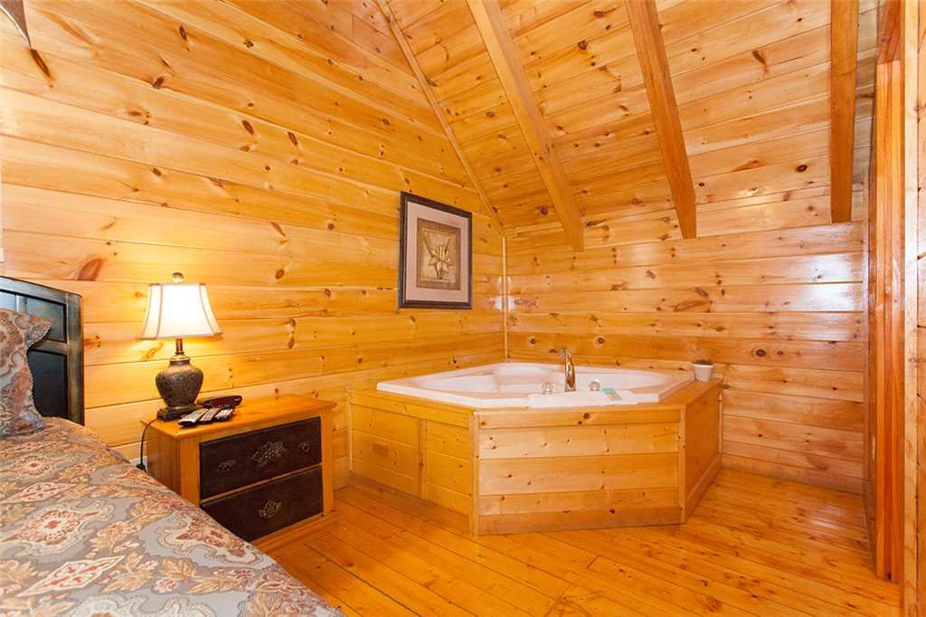 Photo of a Pigeon Forge Cabin named A Timeless Event - This is the sixteenth photo in the set.