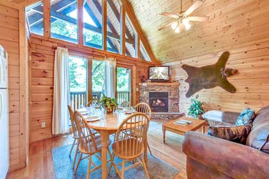 Trail's End, 2 Bedrooms, Hot Tub, Jetted Tub, Gas Fireplace, Sleeps 8