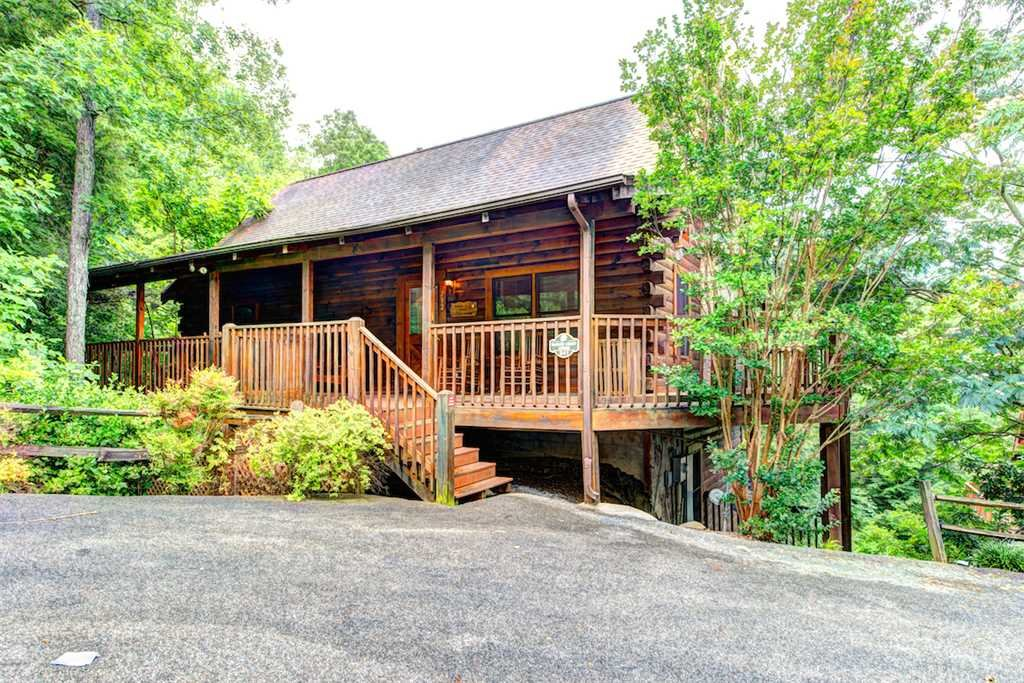 Photo of a Pigeon Forge Cabin named Southern Dream - This is the third photo in the set.