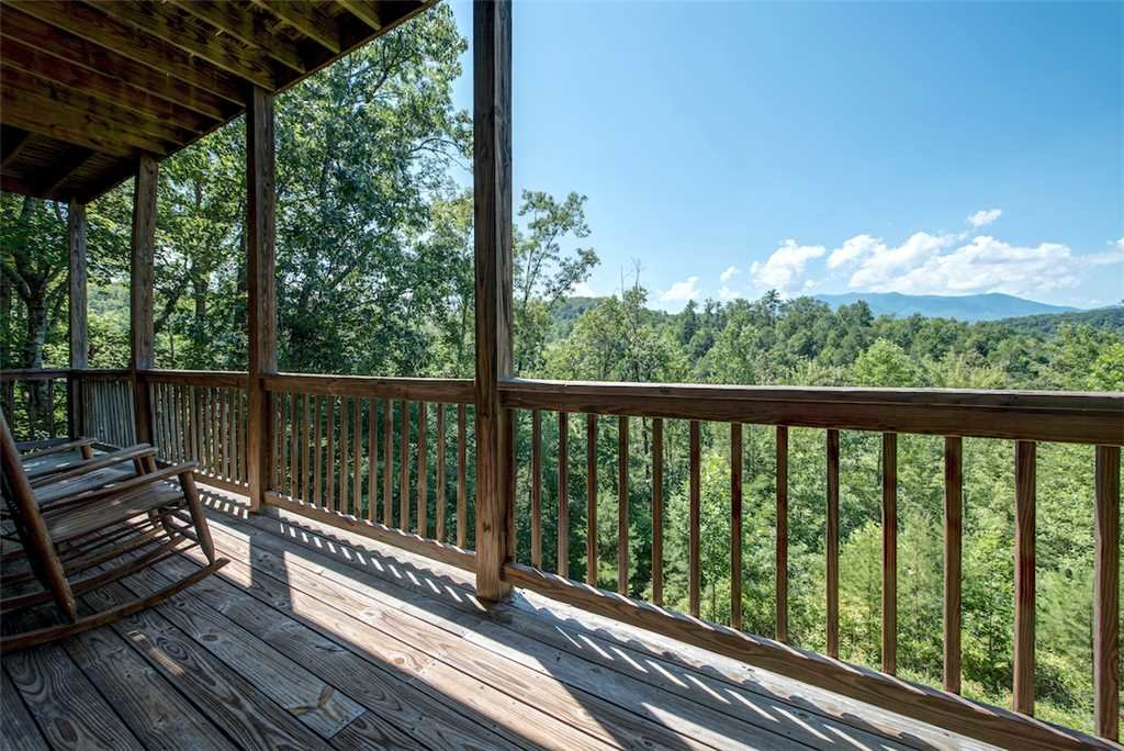 Photo of a Sevierville Cabin named Bear Hunter - This is the thirtieth photo in the set.