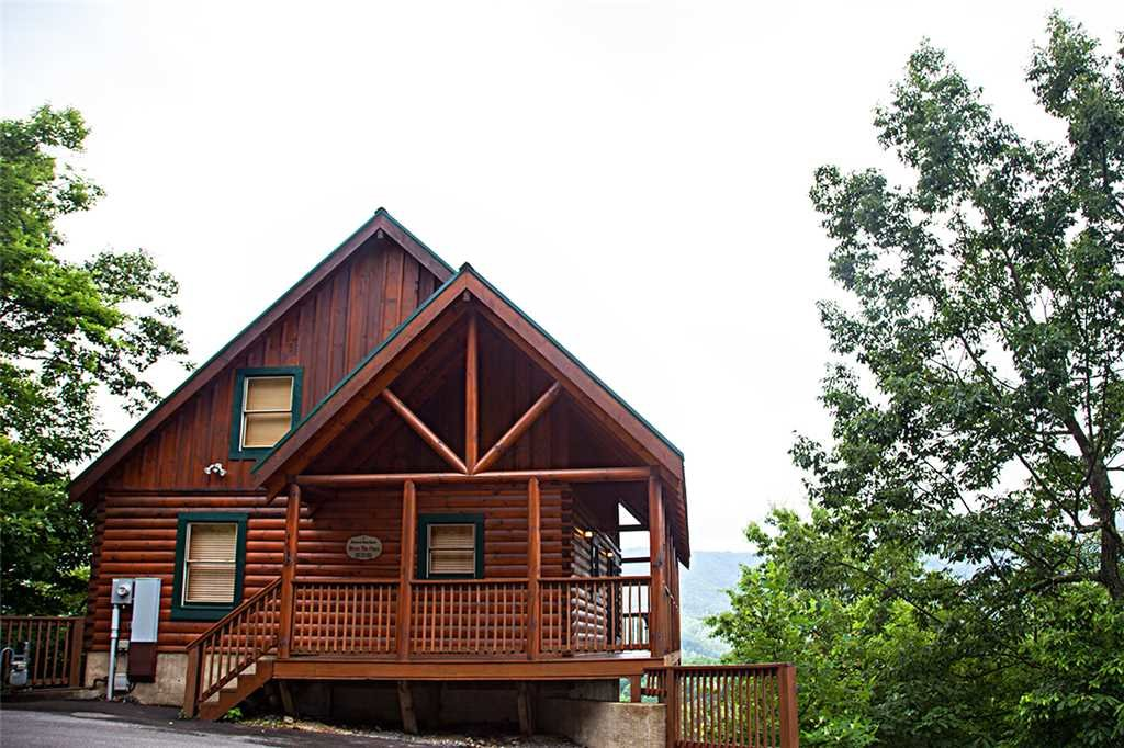 Photo of a Pigeon Forge Cabin named Above The Pines - This is the twentieth photo in the set.