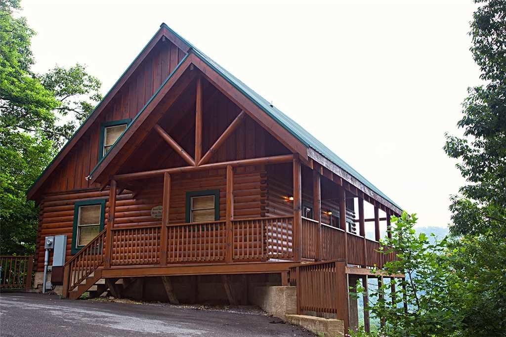 Photo of a Pigeon Forge Cabin named Above The Pines - This is the nineteenth photo in the set.