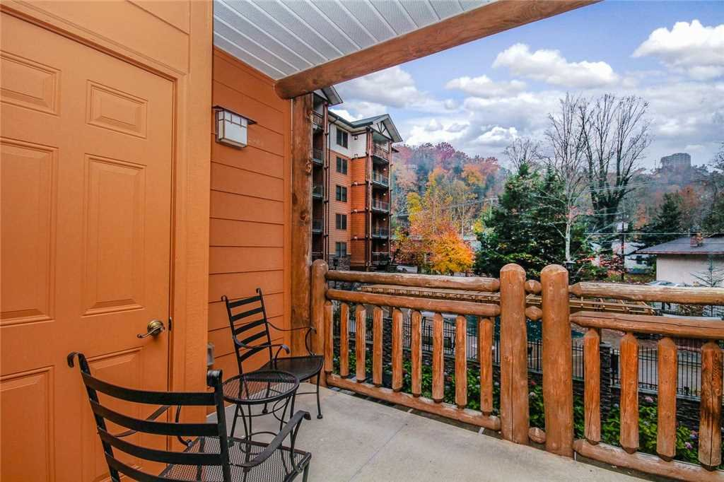 Photo of a Gatlinburg Condo named Baskins Creek 106 - This is the thirteenth photo in the set.