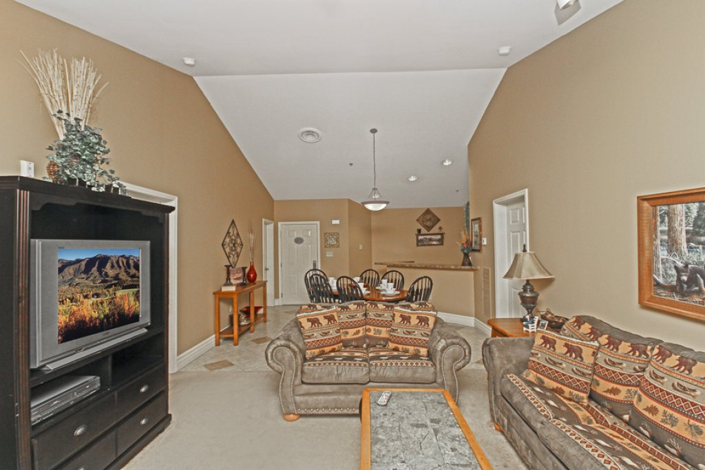Photo of a Gatlinburg Condo named Baskins Creek 502 - This is the second photo in the set.