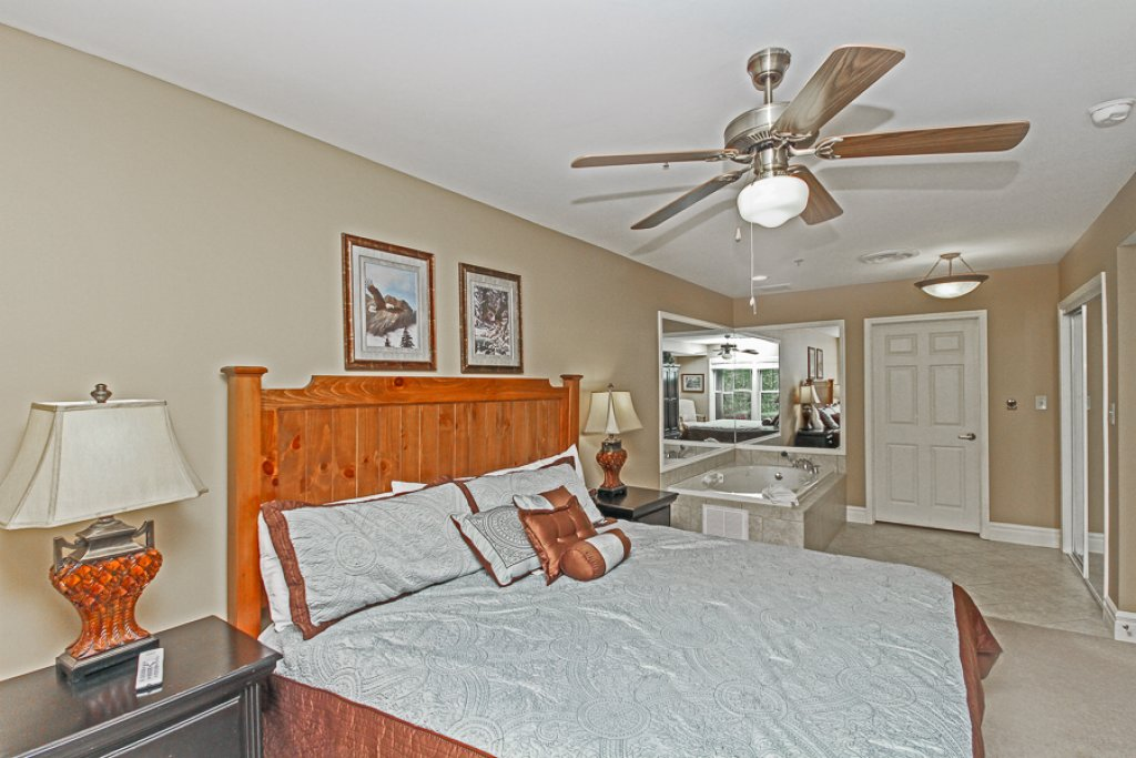 Photo of a Gatlinburg Condo named Baskins Creek 502 - This is the sixth photo in the set.