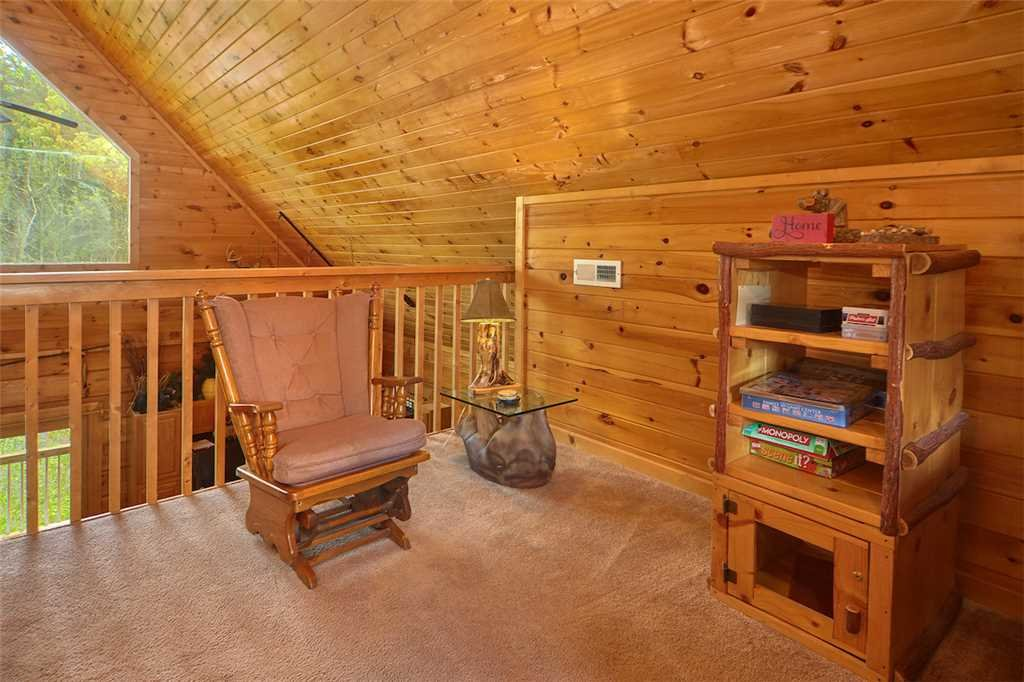 Photo of a Sevierville Cabin named A Honey Cove - This is the nineteenth photo in the set.
