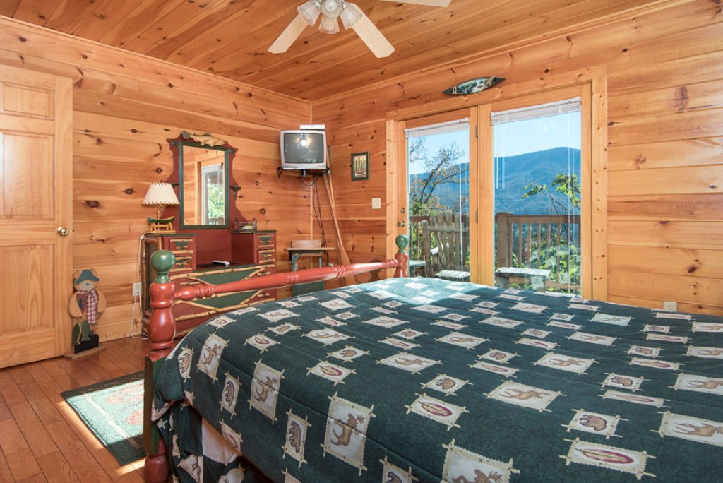 Photo of a Sevierville Cabin named Gateway To Heaven - This is the thirteenth photo in the set.