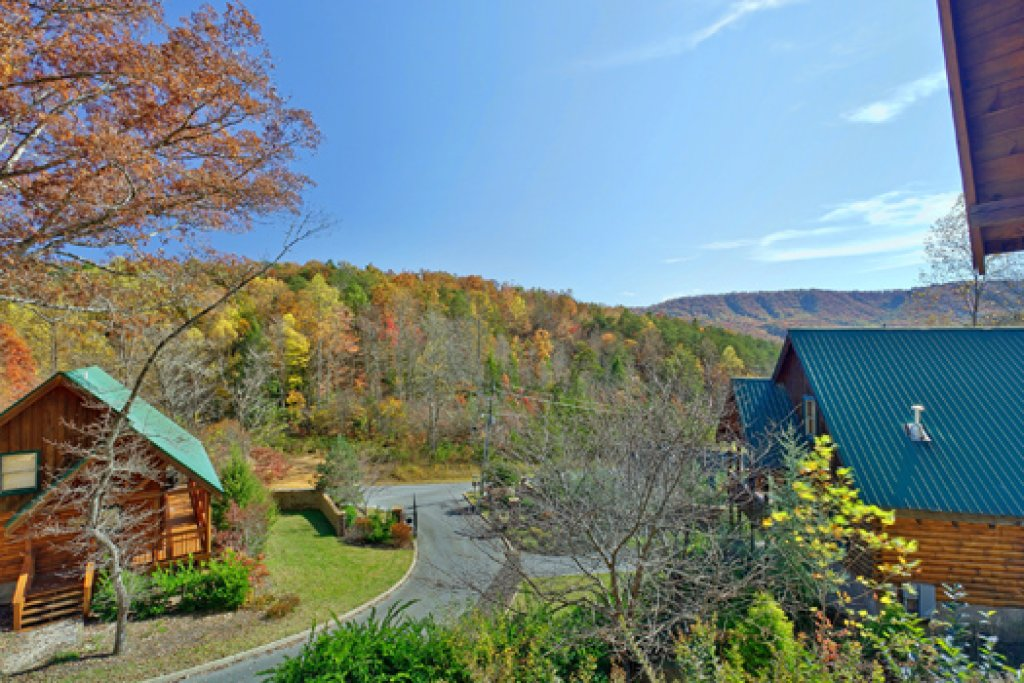 Photo of a Pigeon Forge Cabin named Black Paw - This is the twenty-first photo in the set.