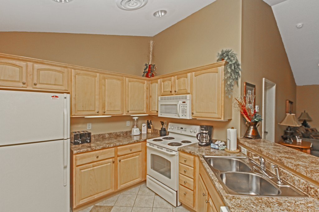 Photo of a Gatlinburg Condo named Baskins Creek 502 - This is the fourth photo in the set.