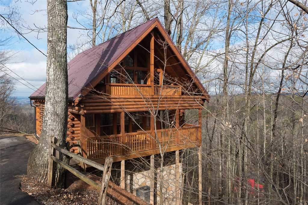 Photo of a Gatlinburg Cabin named Bear In The Trees - This is the eighteenth photo in the set.