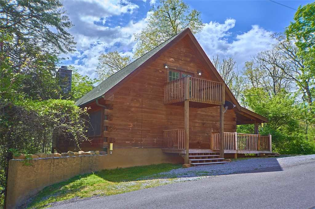 Photo of a Sevierville Cabin named A Honey Cove - This is the twenty-first photo in the set.