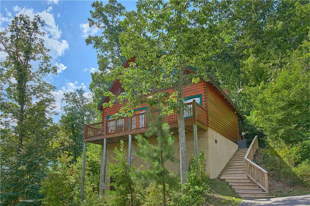 Photo of a Pigeon Forge Cabin named Elegant Escape - This is the sixteenth photo in the set.