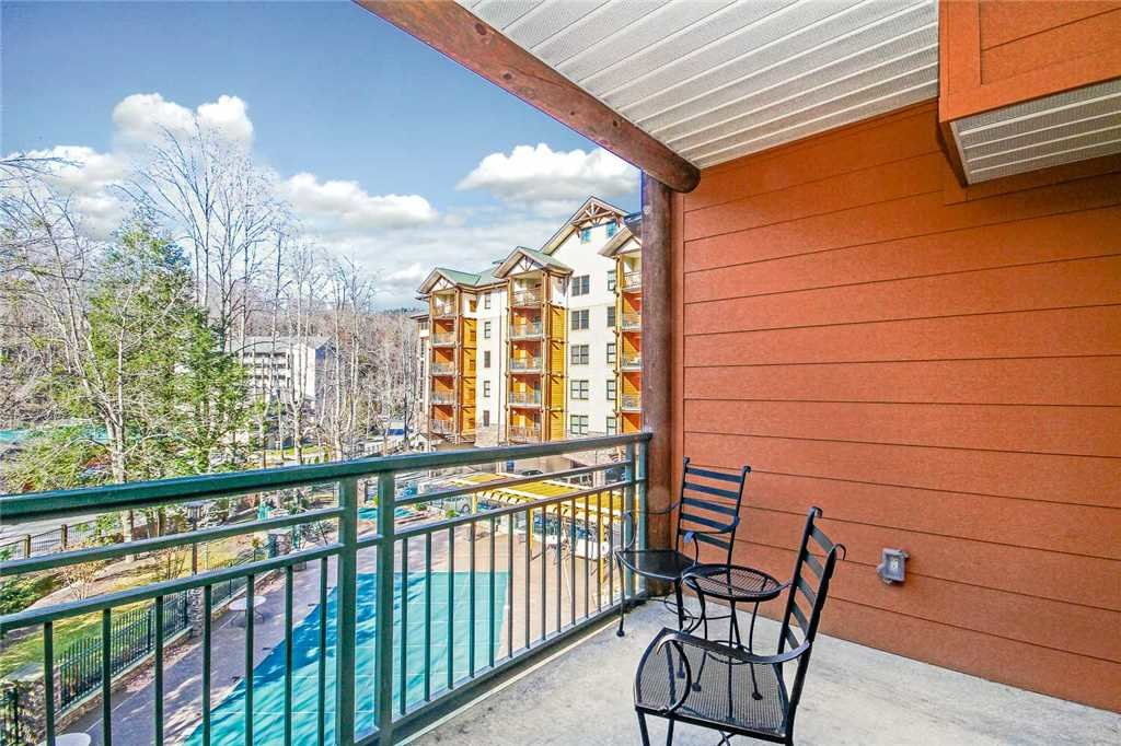 Photo of a Gatlinburg Condo named Baskins Creek 214 - This is the fourteenth photo in the set.