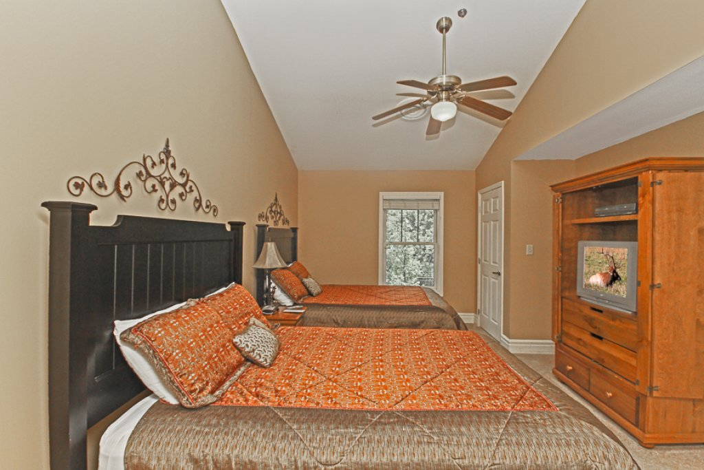 Photo of a Gatlinburg Condo named Baskins Creek 502 - This is the eleventh photo in the set.