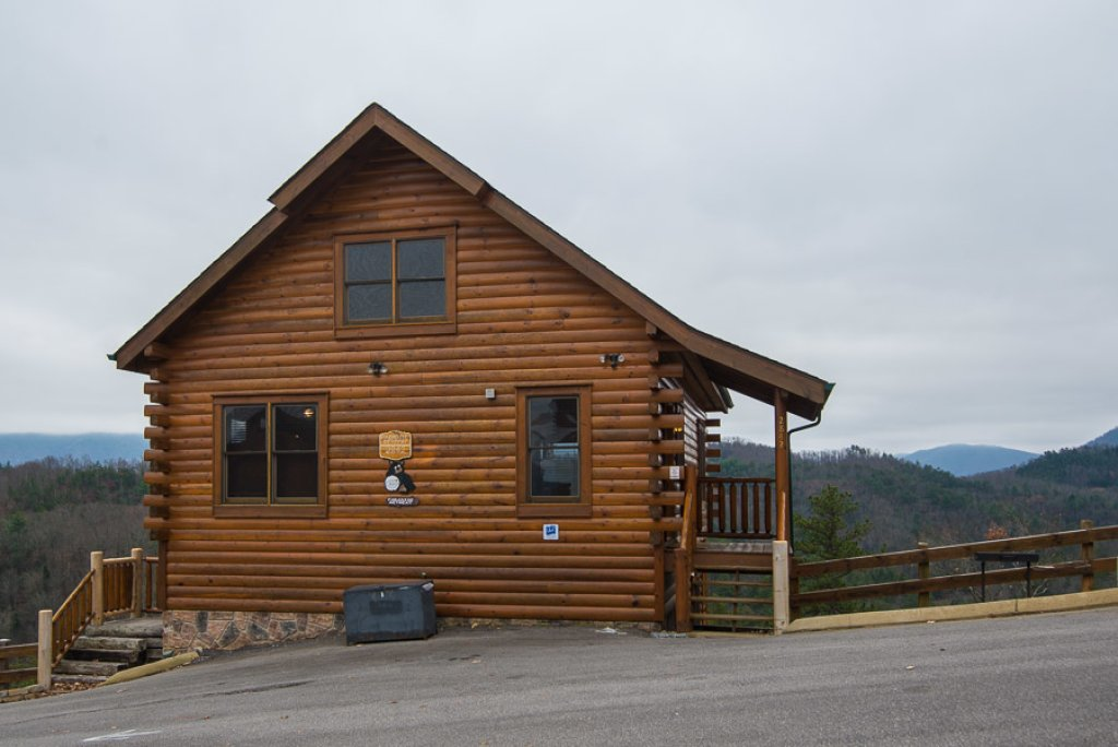 Photo of a Pigeon Forge Cabin named Paradise Retreat - This is the eighteenth photo in the set.