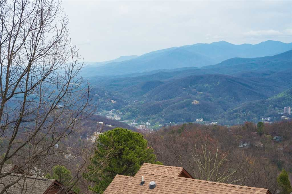 Photo of a Gatlinburg Condo named Gatlinburg Summit Condo 6208 - This is the tenth photo in the set.