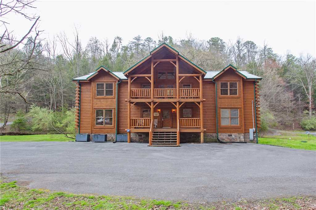 Photo of a Gatlinburg Cabin named Caney Creek Lodge - This is the forty-first photo in the set.