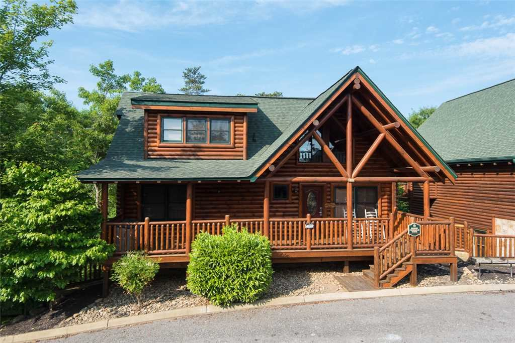 Photo of a Pigeon Forge Cabin named Grand Pinnacle Vista - This is the twenty-first photo in the set.