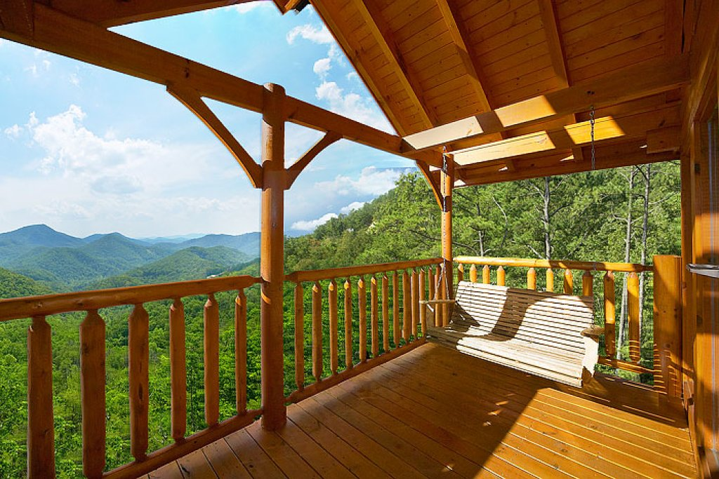 Photo of a Pigeon Forge Cabin named Eagles Nest - This is the tenth photo in the set.