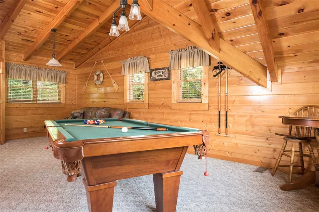 Photo of a Pigeon Forge Cabin named Blackberry Cobbler - This is the seventh photo in the set.
