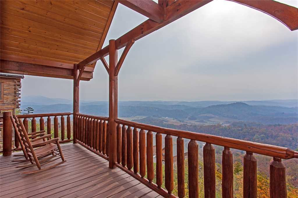 Photo of a Pigeon Forge Cabin named Breathtaking View - This is the twenty-second photo in the set.