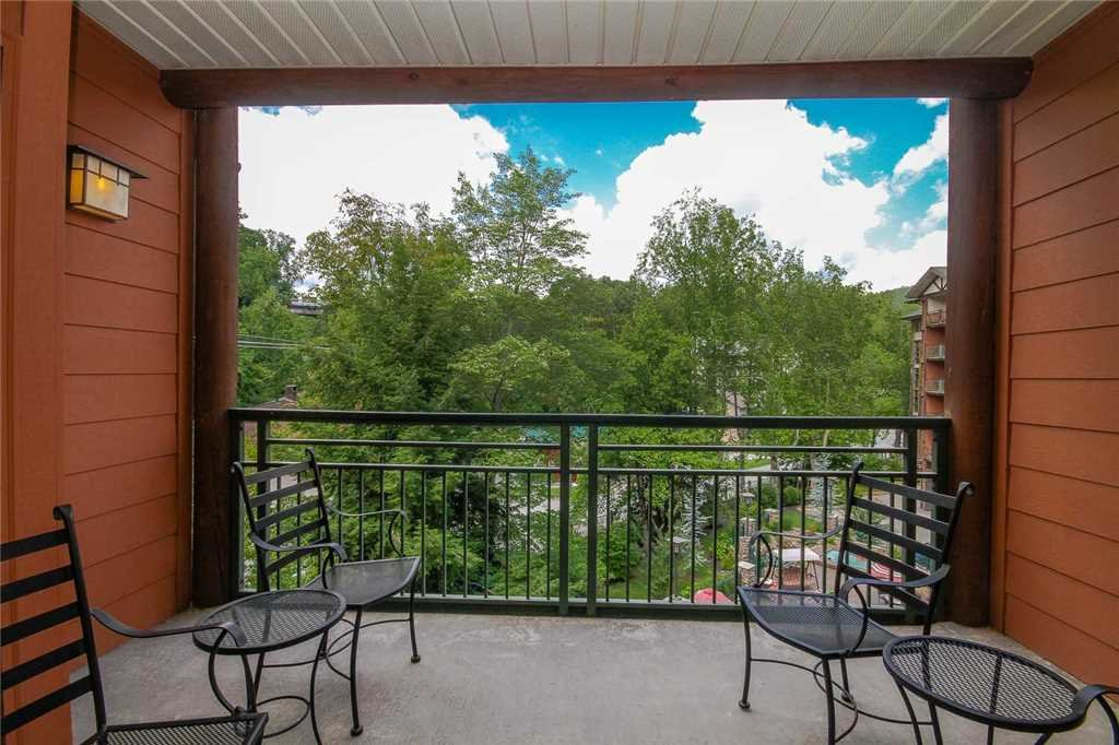 Photo of a Gatlinburg Condo named Baskins Creek 314 - This is the tenth photo in the set.