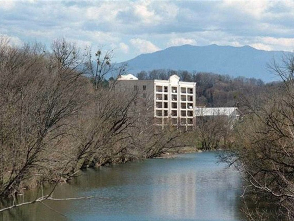 Photo of a Pigeon Forge Condo named River Crossing 501 - This is the fourteenth photo in the set.