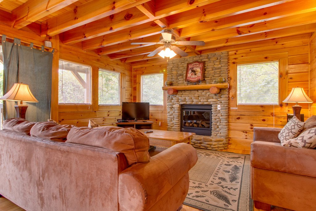 Photo of a Pigeon Forge Cabin named Mountain Dream At Starr Crest - This is the first photo in the set.