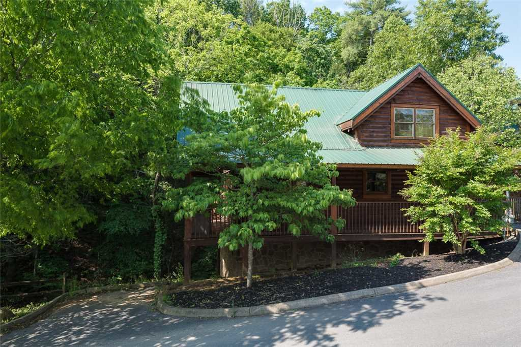 Photo of a Pigeon Forge Cabin named Blackberry Cobbler - This is the fourteenth photo in the set.