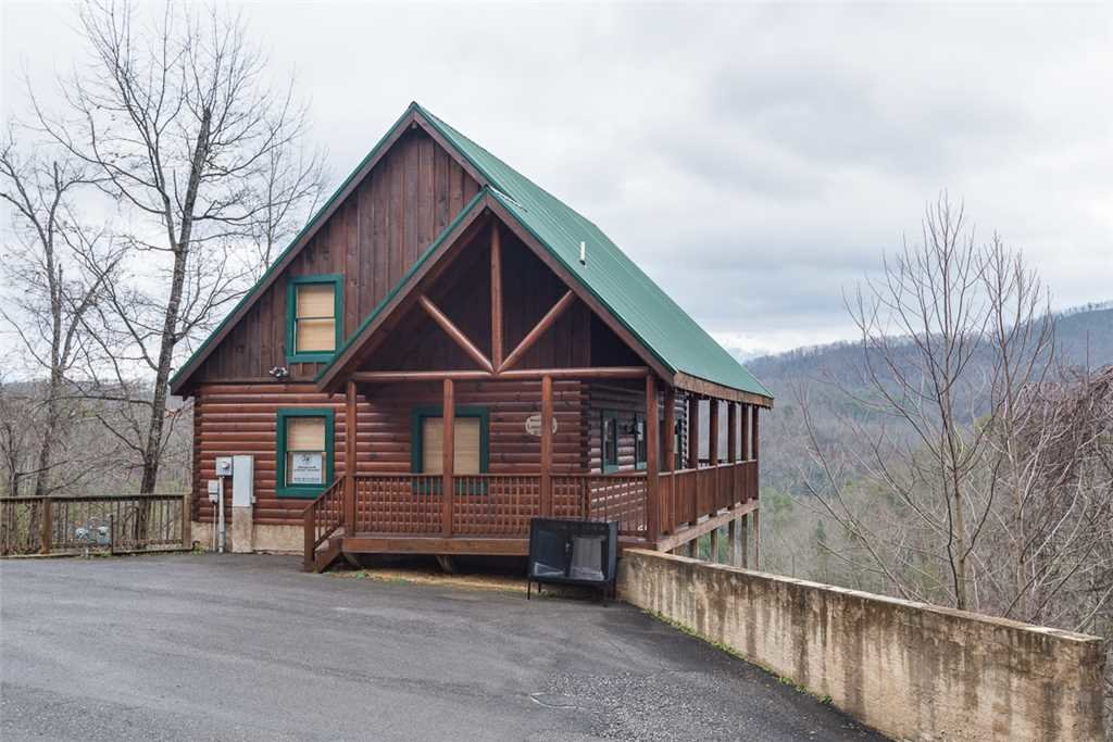 Photo of a Pigeon Forge Cabin named Lance's Loft - This is the fourteenth photo in the set.