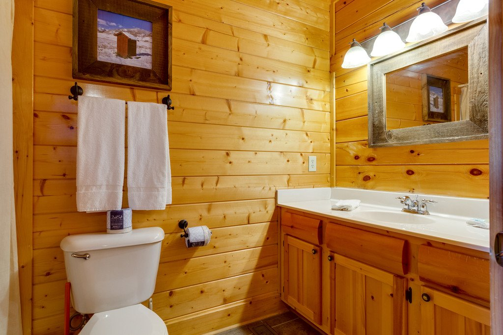 Photo of a Sevierville Cabin named Happy Place - This is the thirteenth photo in the set.