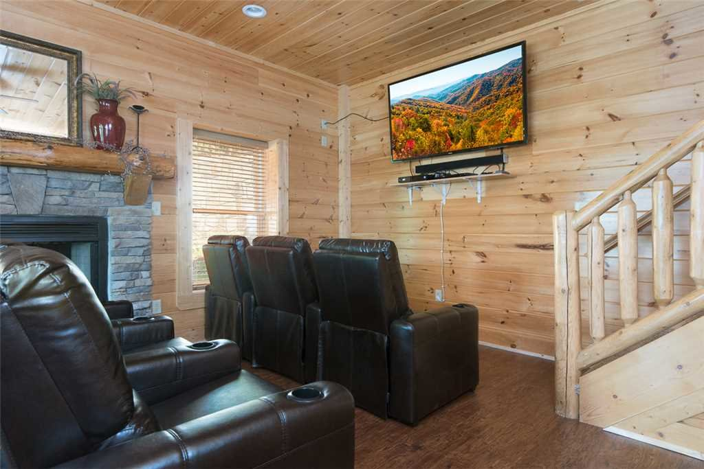 Photo of a Pigeon Forge Cabin named Grand Pinnacle Vista - This is the sixth photo in the set.