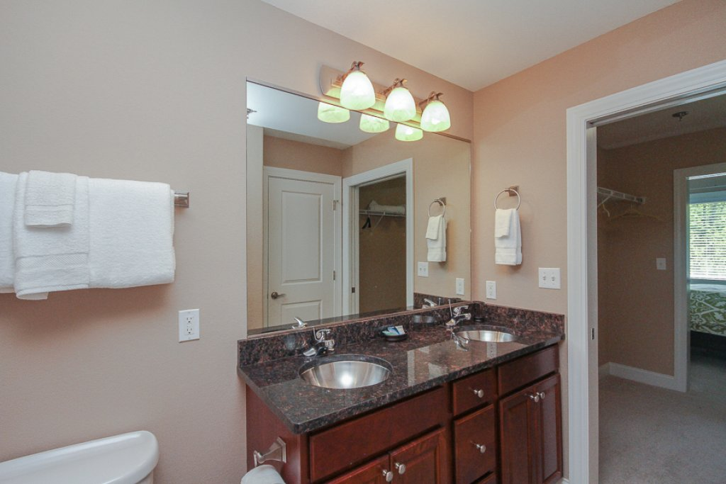 Photo of a Gatlinburg Condo named Glades View 131 - This is the fifteenth photo in the set.